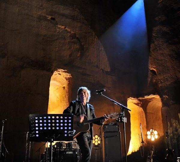 -® Fran+ºois Lefebvre Concert JLA devant la falaise