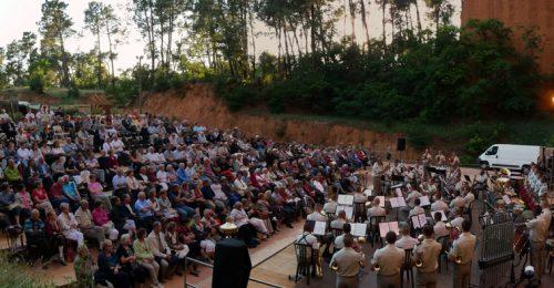 -® Mairie de Gargas Concert l+®gion +®trang+¿re